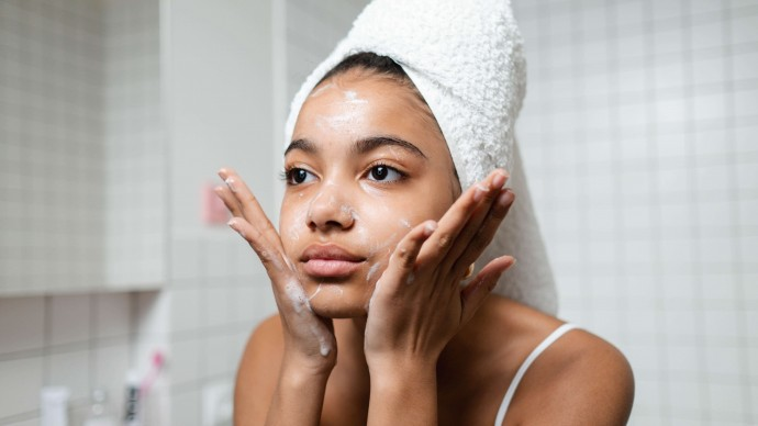 The Science of Cleansing for Eczema, Dry and Sensitive Skin